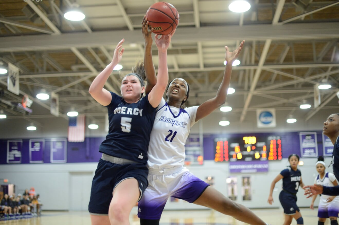UB Women Back In Win Column With 74-63 Road Win Over Mercy