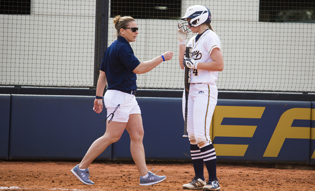 Emory Softball Closes Road Trip With Loss to No. 1 Texas Lutheran Before Beating Dickinson College