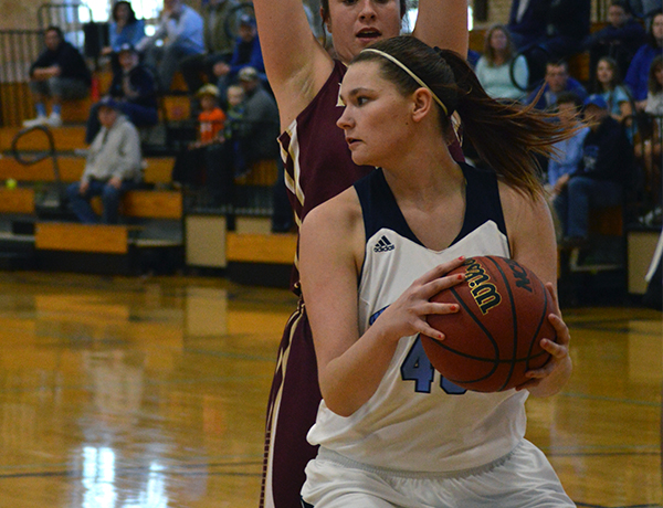 Blue Jay's Win Streak Extends to Double Digits with 20-Point Win over Eureka