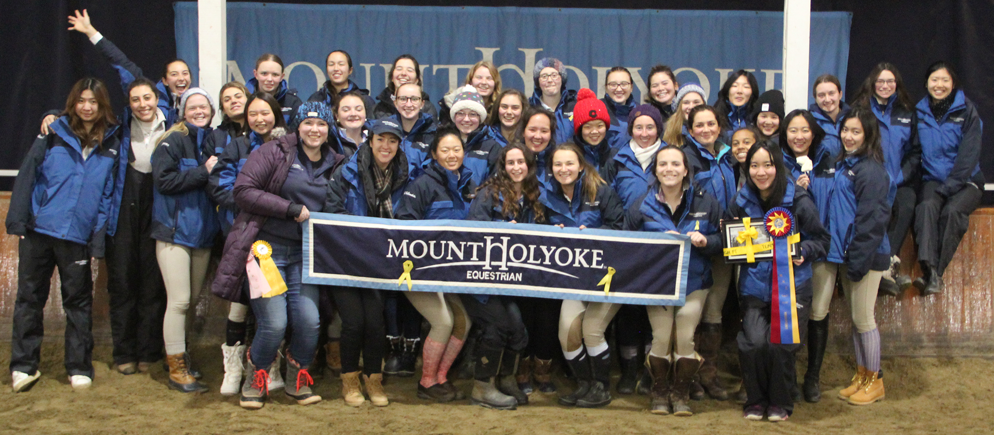 The Lyons riding team poses following their Home Show victory on November 17, 2018.