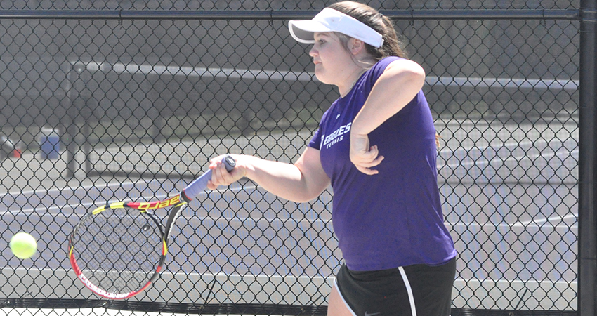 The women's tennis team lost to UA-Fort Smith 7-0.