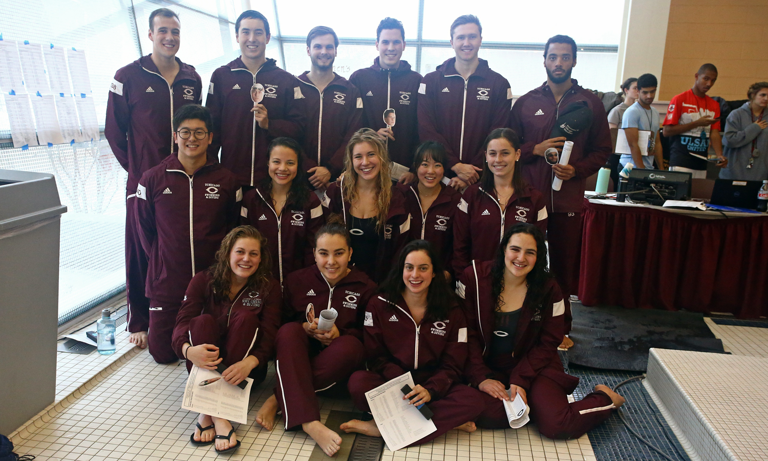 Swimming & Diving Celebrates Senior Class, Defeats Wisconsin-Milwaukee