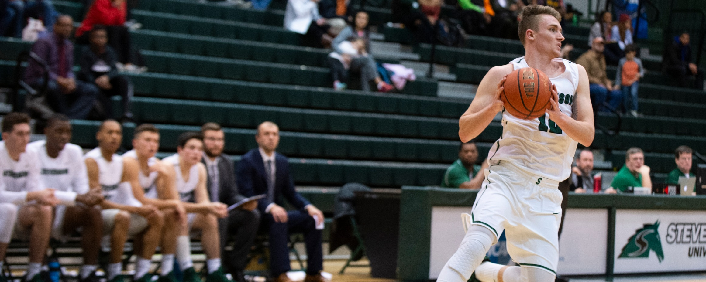 Four In Double Figures As Mustangs Move Past Penn State Berks