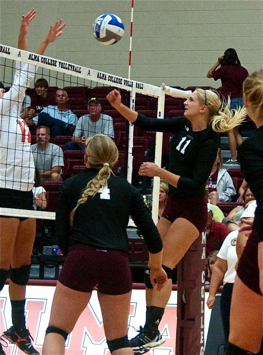 Alma Volleyball loses 3-1 to Ohio Northern in final game of Wittenberg Tournament