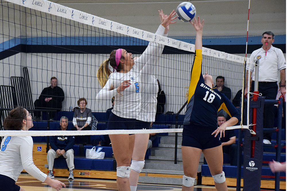 Lasell Women's Volleyball splits two matches at home
