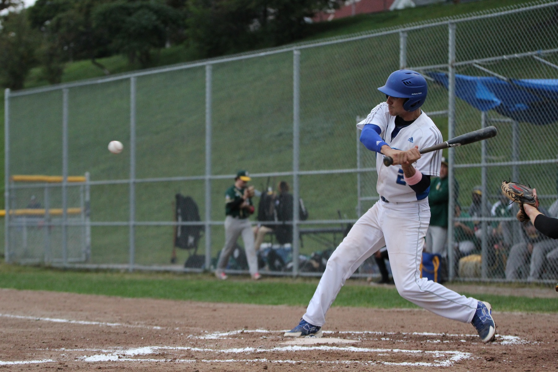 DESPITE LAMANNA'S EXTRA INNINGS GEM HUSKIES BASEBALL DROP PAIR TO LORDS
