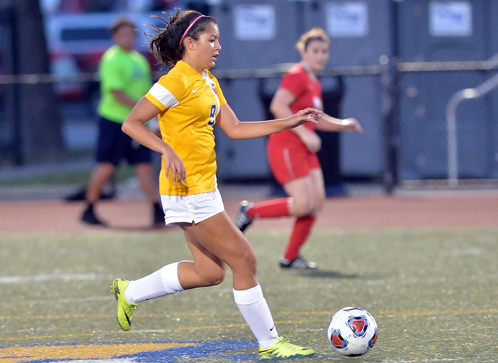 Women's Soccer Kicks Off Conference Play with 4-0 Shutout over MCLA