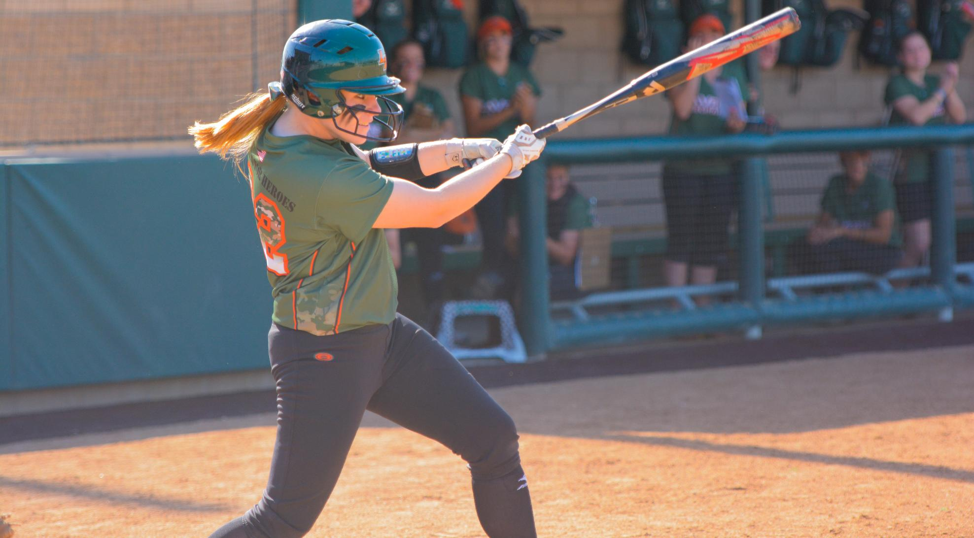Softball sweeps Whittier behind Schiff, Kibbe