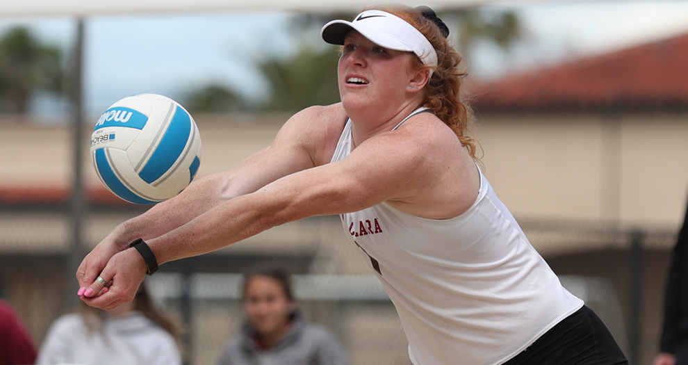 Chloe Loreen (pictured)/Alex Anthony teamed up to go 2-0 at the SCU Beach Volleyball Courts in the last four days.