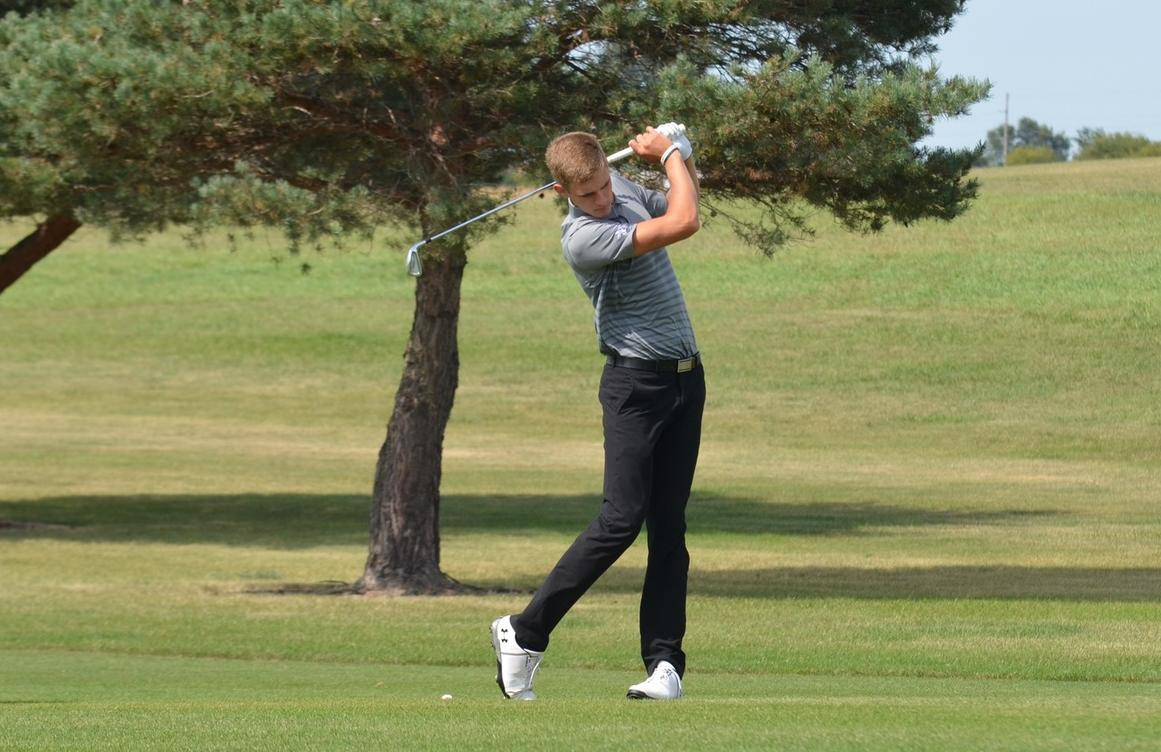 Men's Golf Ranks Seventh at Midway Point of the HCAC Golf Championship