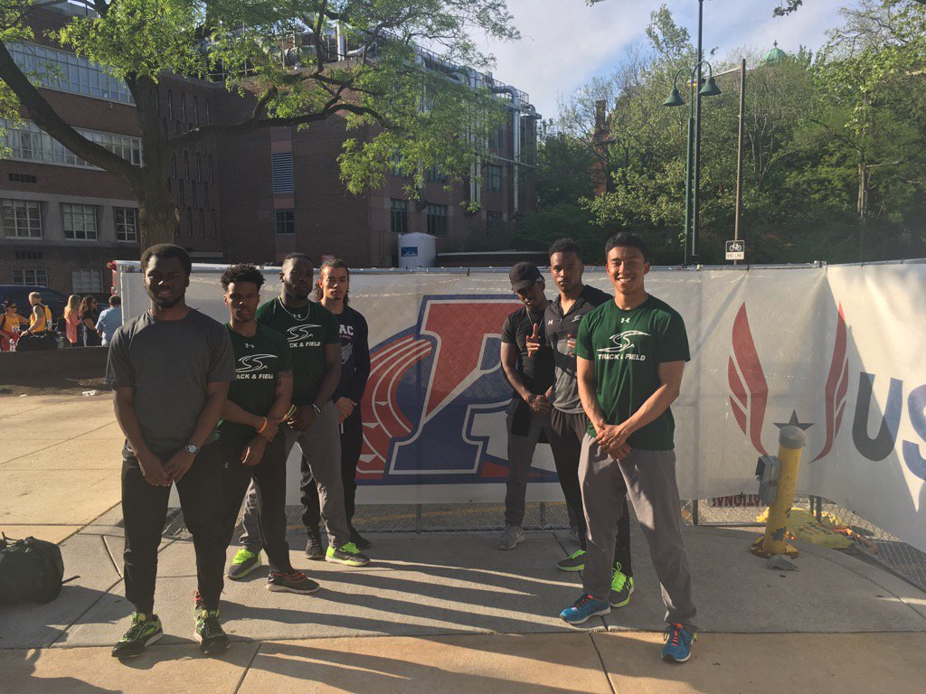Men's Track Sets Two School Records at Penn Relays