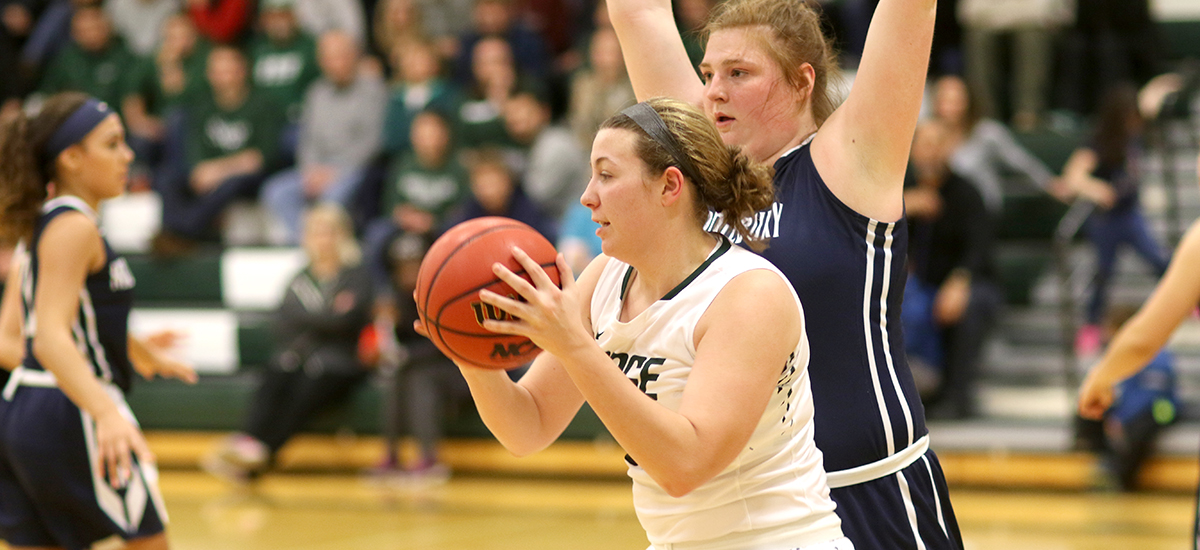 Middlebury wins non-league game, 63-44