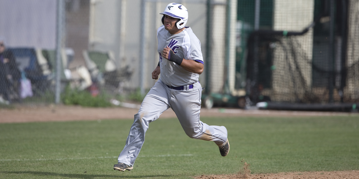 Baseball fails to hold lead in 10-9 loss to Leopards