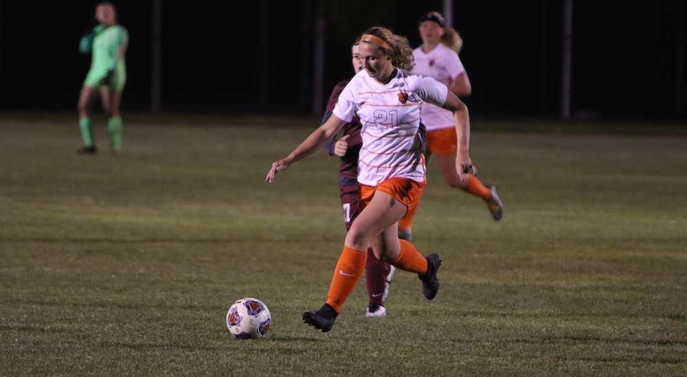Women's soccer scores six in second half in 7-0 rout over Eureka