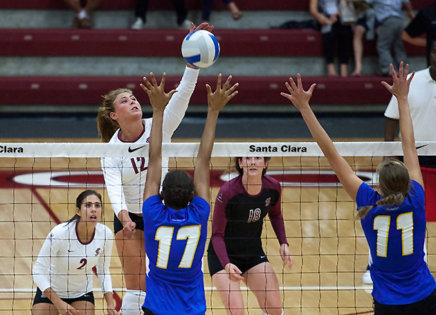 Gauchos Rally to Beat Broncos in Volleyball Action Friday Night