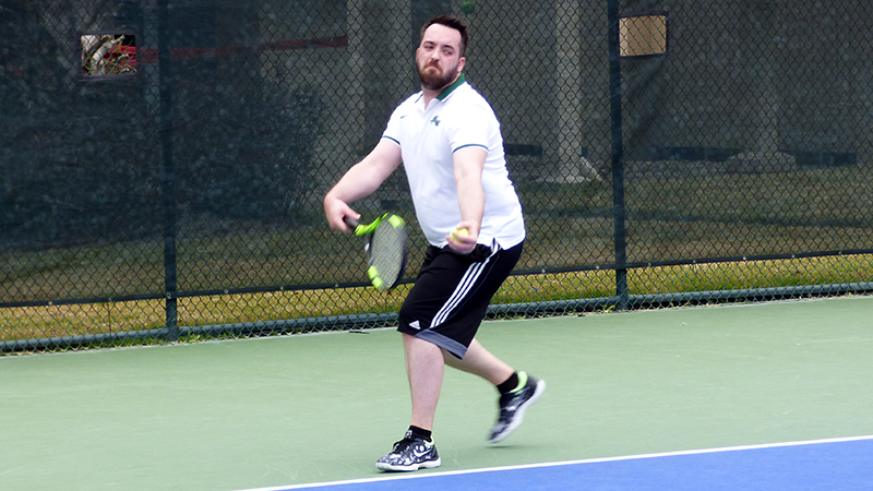 Men's Tennis Topped By Eagles On The Road
