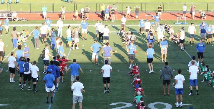 Football hosts youth clinic