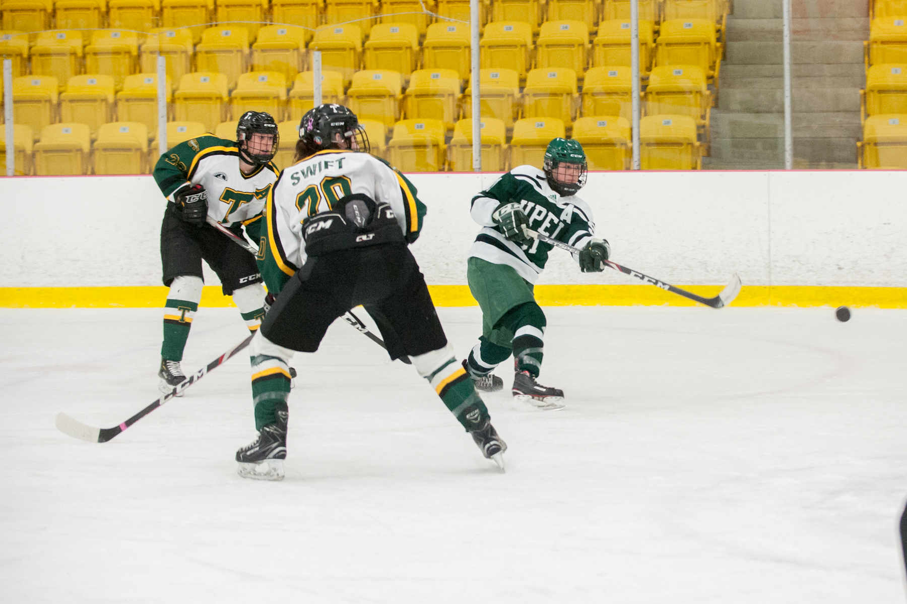 Panthers topple Tommies 3-1 capture team-best 20th win