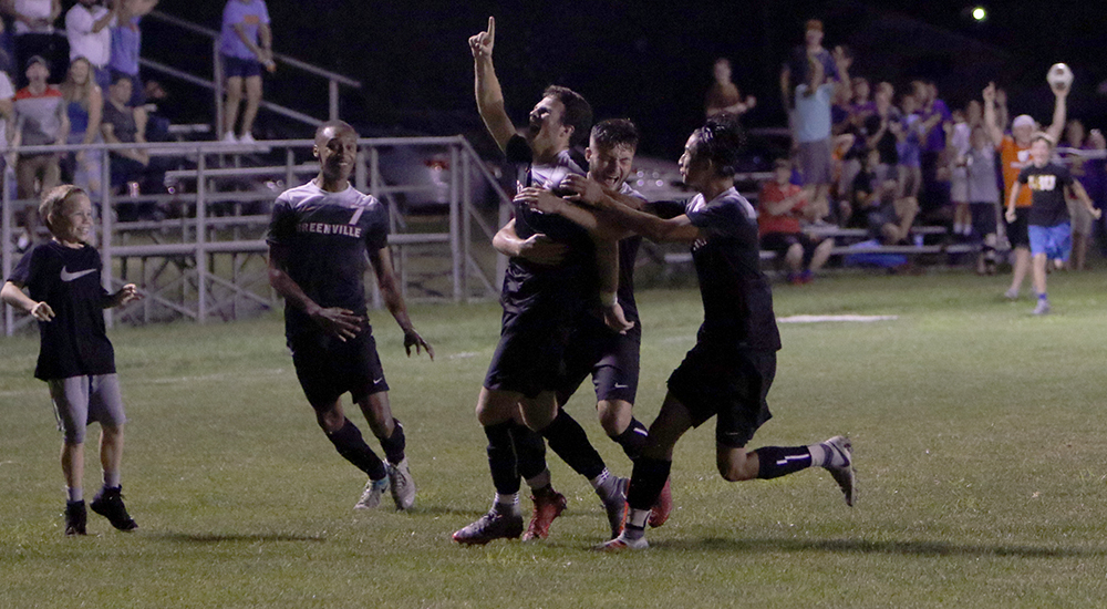 McPeek strikes twice in comeback win for men's soccer