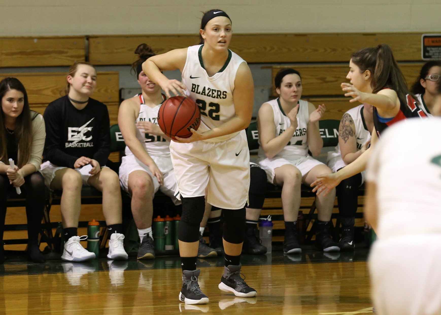 Blazer Women's Hoops Picks Up 74-53 Win At Bay Path