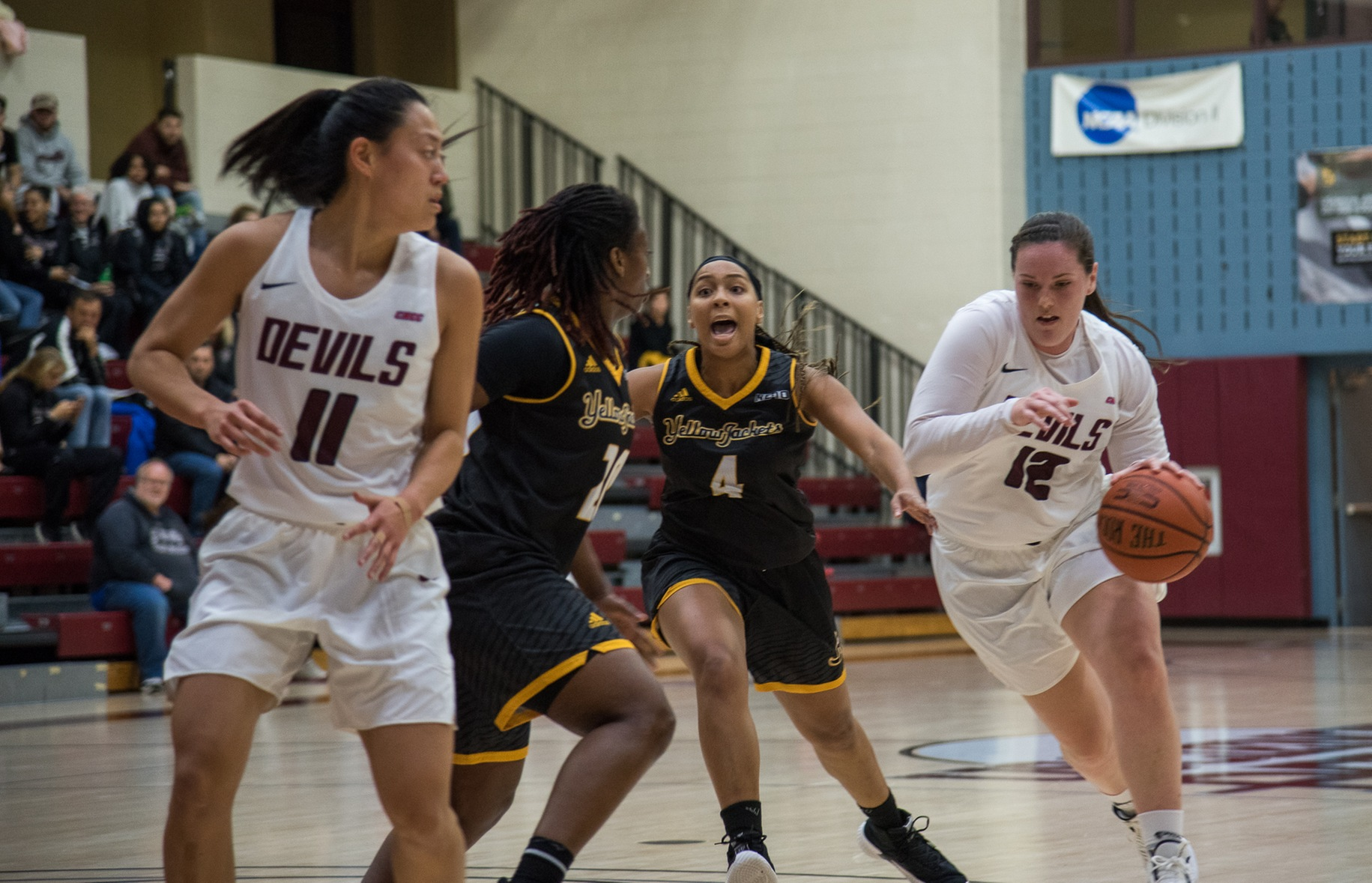 No. 7 Women's Basketball Starts Fast in 78-47 Victory Over Bloomfield