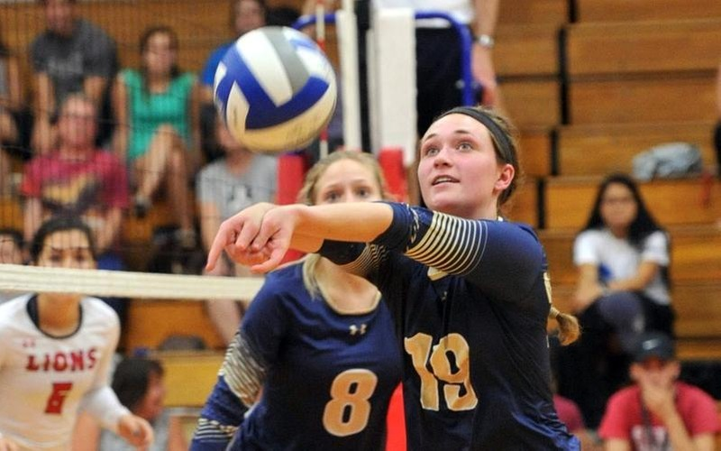 Volleyball Tops Fitchburg State 3-1 For First MASCAC Victory