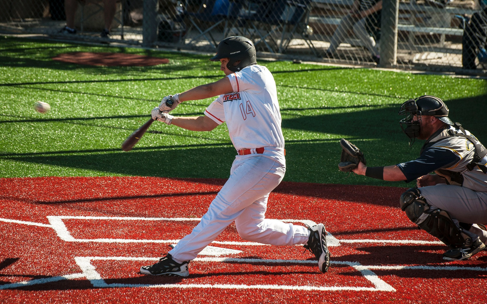 Moffatt Home Run Fuels Caltech Bats Against Williams