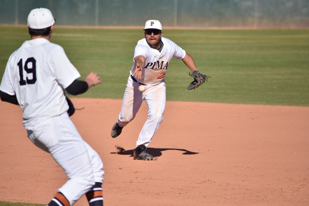 Sophomore Logan Klunder hit a grand slam and went 2 for 4 with six RBIs and a run scored in the second game. The Aztecs won it 12-8 but dropped the first game 2-0. The Aztecs are 12-10 overall and 4-8 in ACCAC conference play. Photo by Ben Carbajal