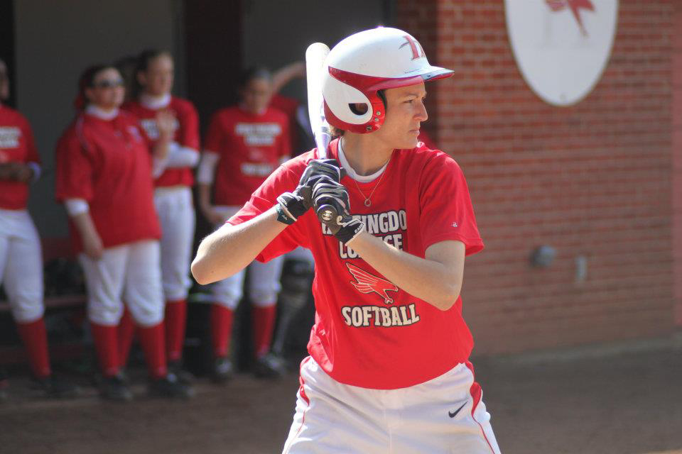 Huntingdon softball downs Transylvania, falls to #5 Emory