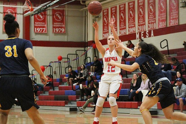 Mesa's Leah Goodman scored a career high 27 points in the T-Birds victory over Phoenix College Tuesday night. (Photo by Aaron Webster)