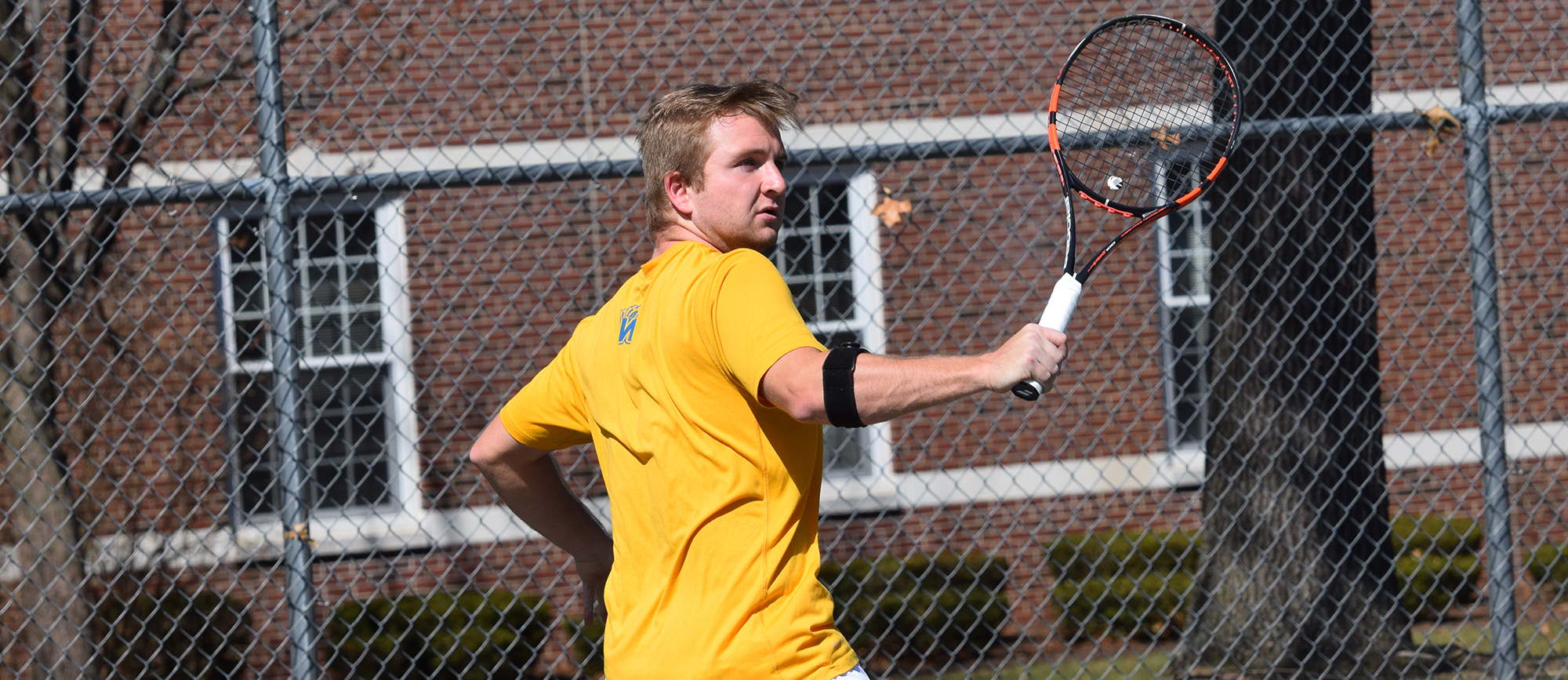 Freshman Max Gordon posted a 6-4, 2-6, 10-8 win at No. 3 singles in Western New England's 7-2 loss at Endicott on Saturday. (Photo by Rachael Margossian)