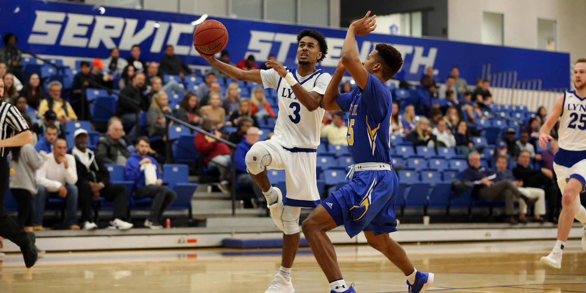 Long-Range Shooting Lifts Men's Basketball to First Home Triumph