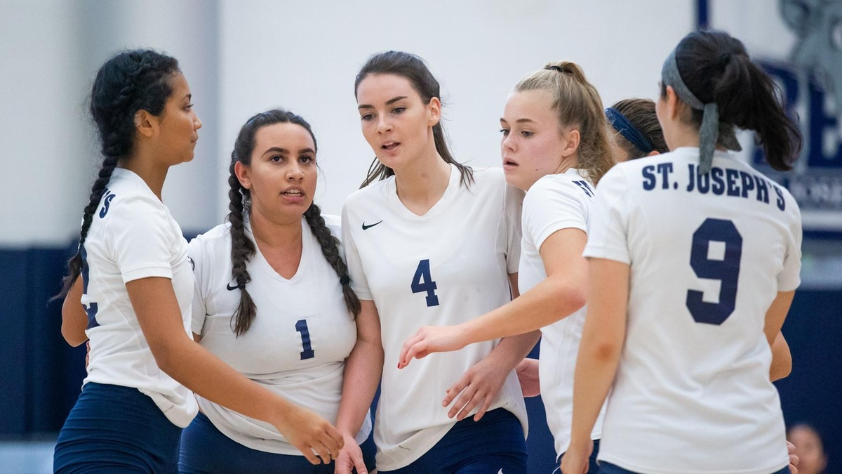 Women's Volleyball Downs Sarah Lawrence to Split Skyline Tri-Match