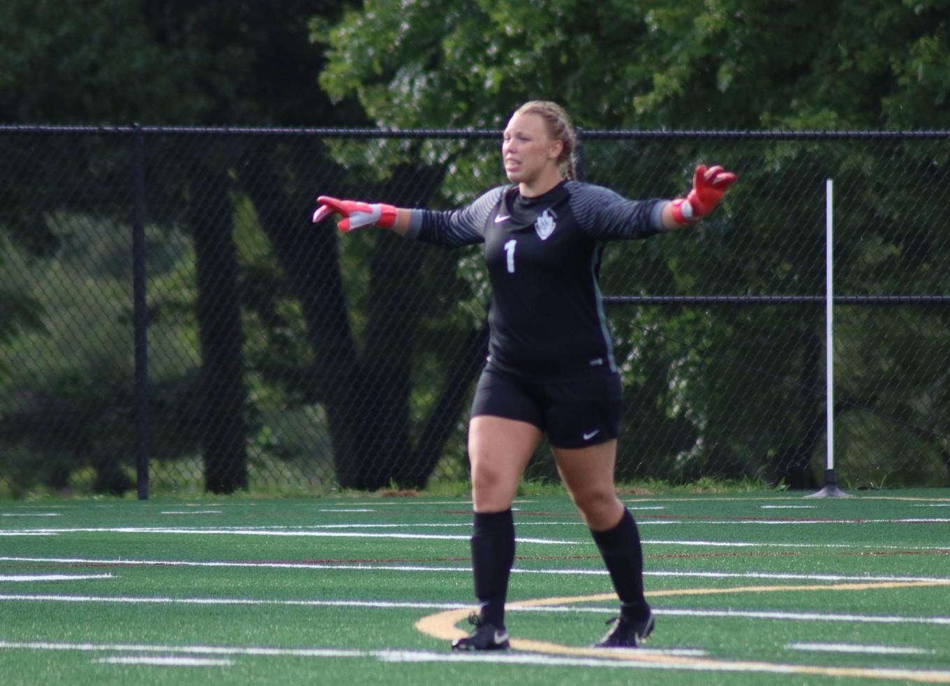 Women's Soccer Picks Up From Last Season With Shutout of Southern Indiana
