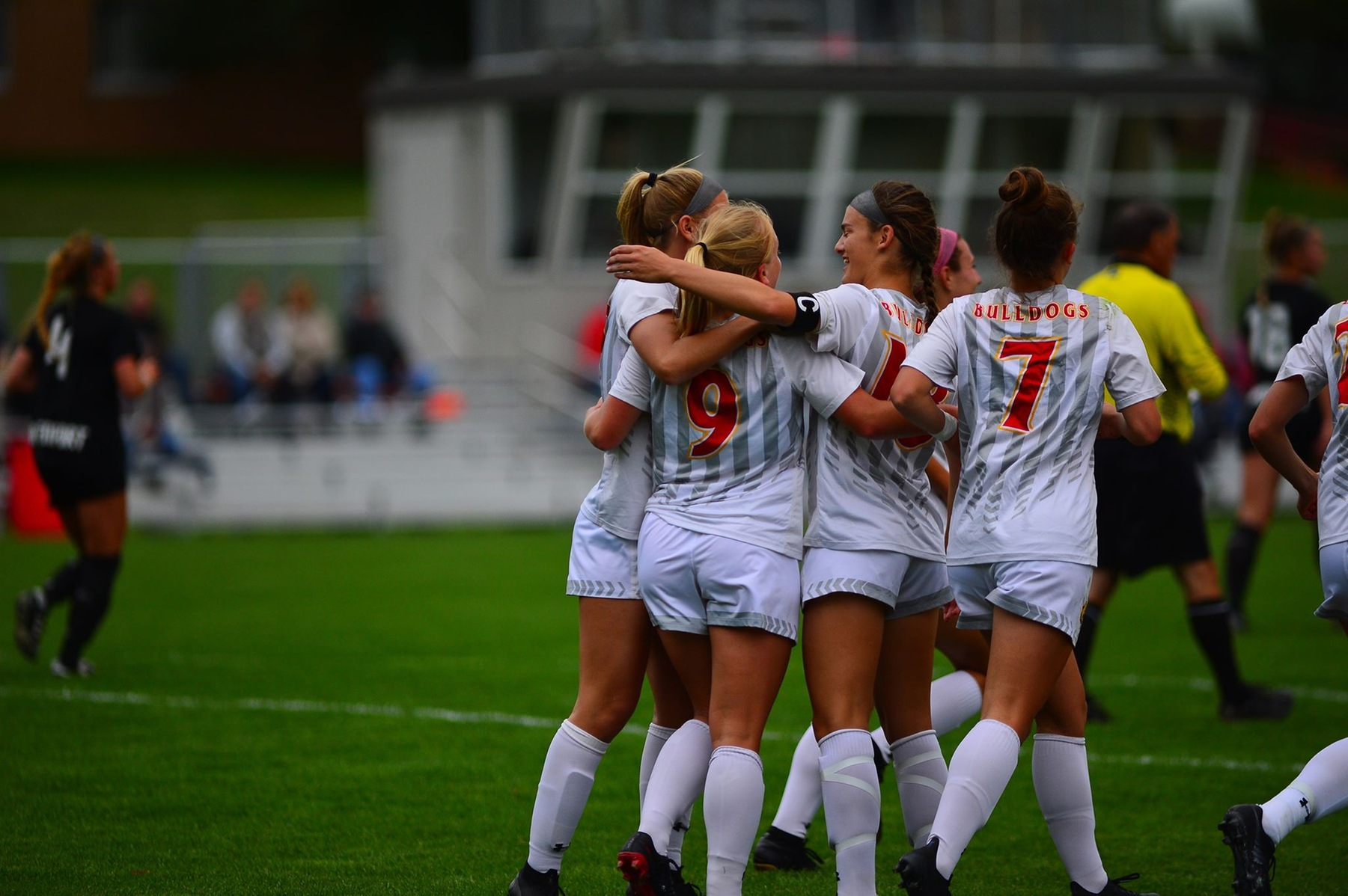 Ferris State Erupts For Six Goals In Win Over Davenport