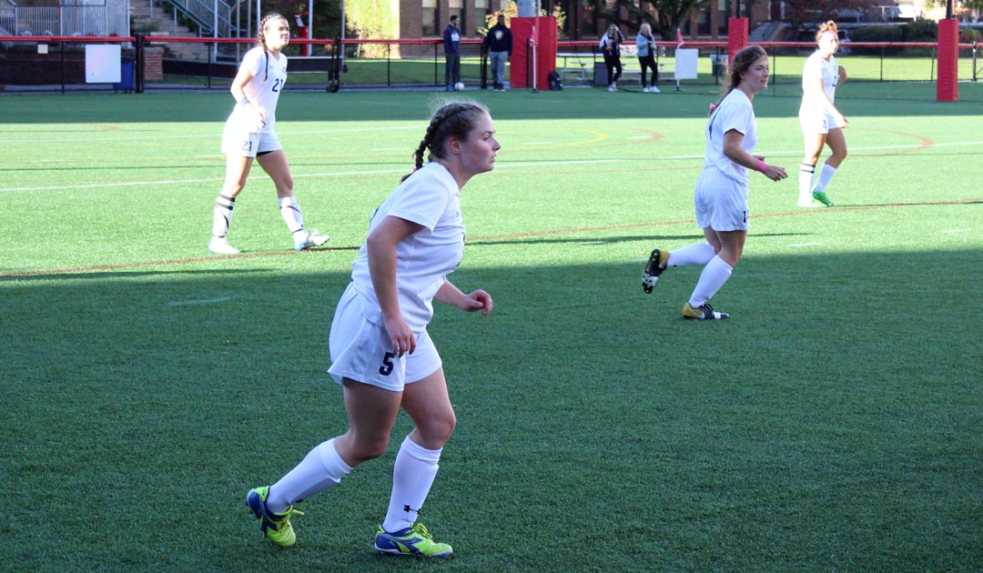 Women's Soccer Loses A Tough Rematch With Green Mountain, 5-0