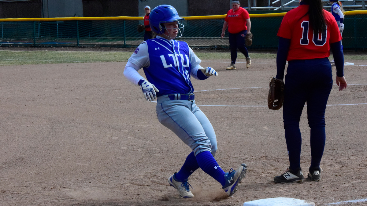 No. 25 Lawrence Tech Sweeps Rochester in WHAC Doubleheader