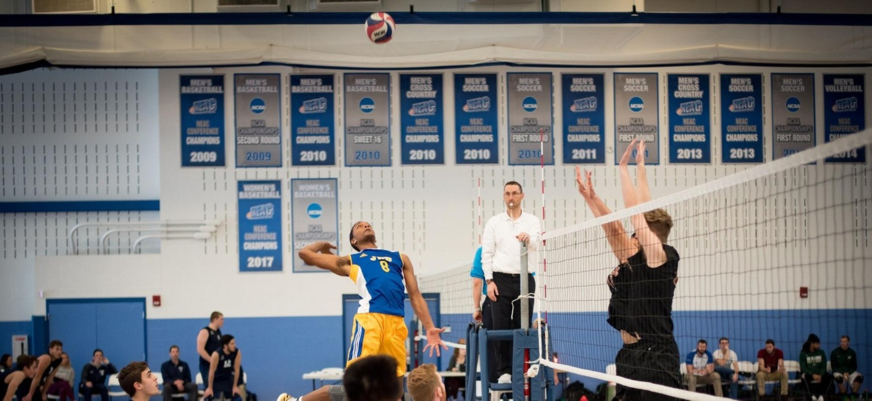JWU Splits Matches with Bard and Vassar